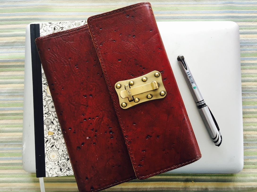 Journaling for Beginners! | Attempting Authenticity